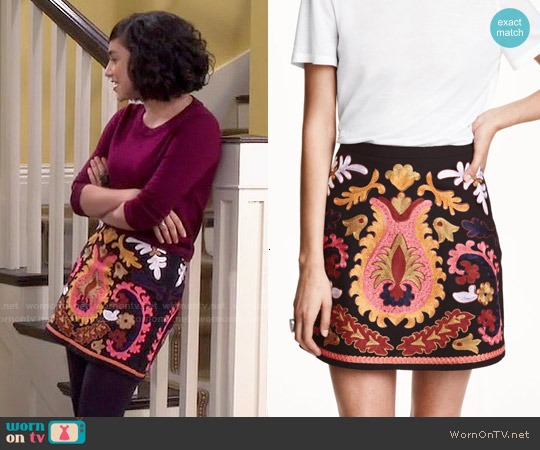 H&M Embroidered Skirt worn by Mandy Baxter on Last Man Standing