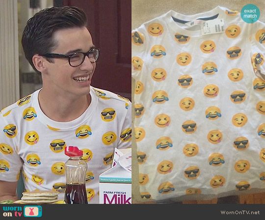H&M Emoji Patterned T-shirt worn by Joey Bragg on Liv & Maddie