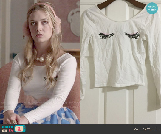 H&M Eyelash Top worn by Billie Lourd on Scream Queens