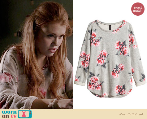 H&M Grey Floral Sweater worn by Holland Roden on Teen Wolf