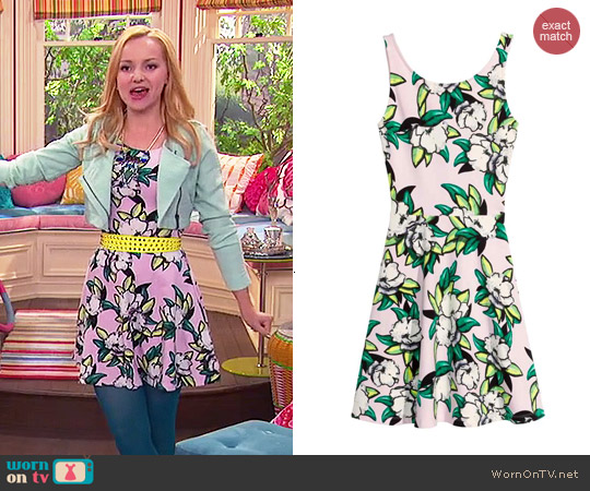 H&M Jersey Dress in Light Pink/Floral worn by Dove Cameron on Liv & Maddie