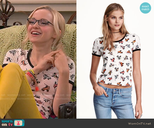 H&M Patterned T-shirt worn by Dove Cameron on Liv & Maddie