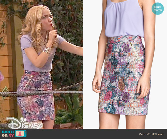 H&M Pencil Skirt in White/Patterned worn by Dove Cameron on Liv & Maddie