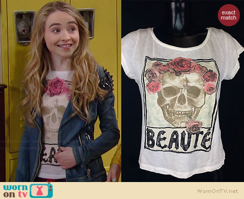 H&M Beaute Skull Tee worn by Sabrina Carpenter on Girl Meets World