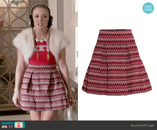 H&M Textured Skirt in Red worn by Billie Lourd on Scream Queens