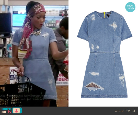 House of Holland Distressed Denim Mini Dress worn by Keke Palmer on Scream Queens