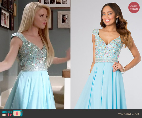 House of Wu Panoply Dress #14613 worn by Bailey Buntain on Faking It