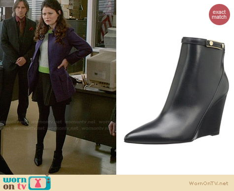 Hugo Boss Clodi Boots worn by Emilie de Ravin on OUAT
