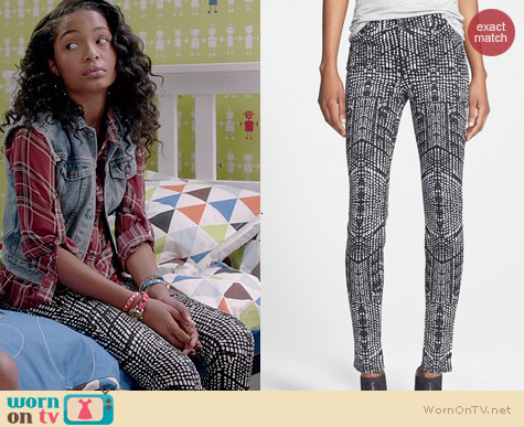 J Brand Kaleidoscope Skinny Jeans worn by Yara Shahidi on Black-ish