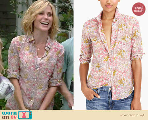 J. Crew Boy Shirt in Tiny Poppydot Floral worn by Julie Bowen on Modern Family
