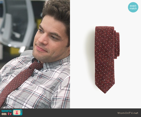 J. Crew English Silk Tie in Microdot in Rich Aubergine worn by Winslow Schott on Supergirl
