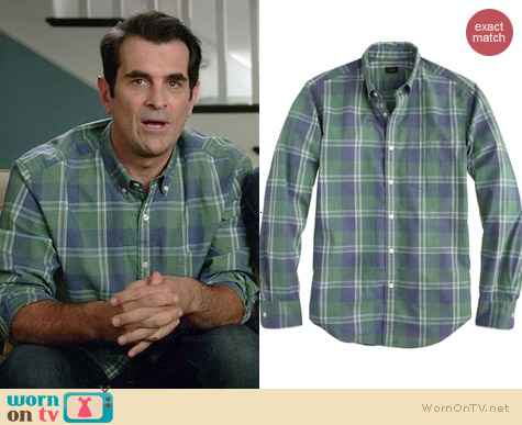 J. Crew Secret Wash Shirt in Nile Green worn by Ty Burrel on Modern Family
