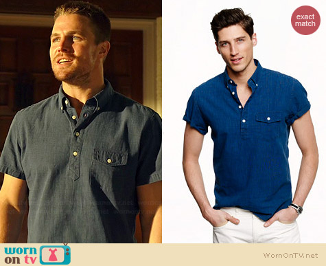 J. Crew Short Sleeve Popover Shirt worn by Stephen Amell on Arrow