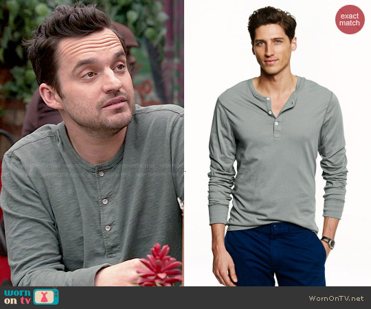 J. Crew Slim Broken-In Henley in Faded Bluegrass worn by Jake Johnson on New Girl