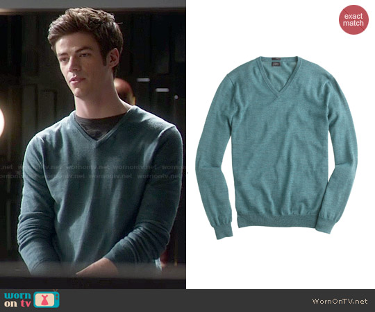 J. Crew Slim Merino Wool V-neck Sweater in Hthr Spruce worn by Grant Gustin on The Flash