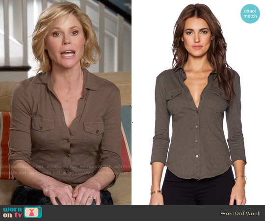 James Perse Contrast Panel Shirt worn by Julie Bowen on Modern Family