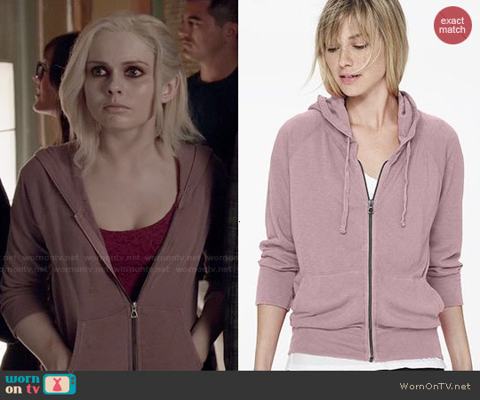 worn by Liv Moore (Rose McIver) on iZombie