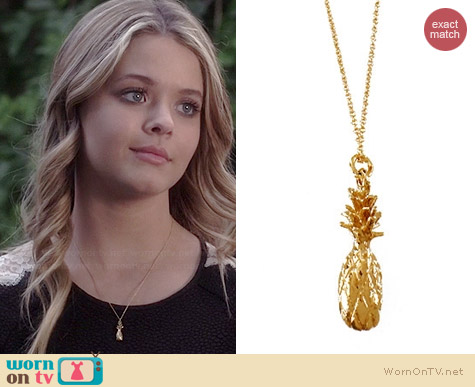 Janesko Pineapple Welcome Necklace worn by Sasha Pieterse on PLL