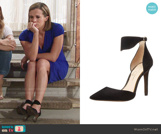 Jessica Simpson 'Cita' Dress Pumps worn by Chelsea Lawson on The Young & the Restless