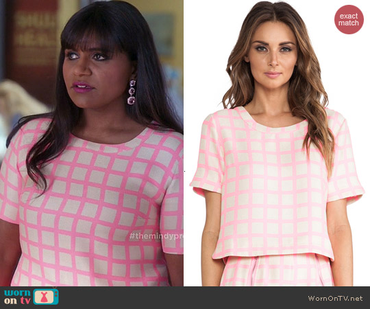 JOA Pink Checked Top worn by Mindy Kaling on The Mindy Project