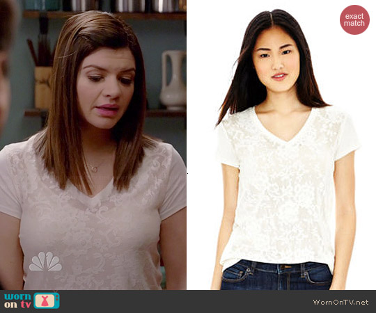 Joe Fresh Lace Tee worn by Casey Wilson on Marry Me