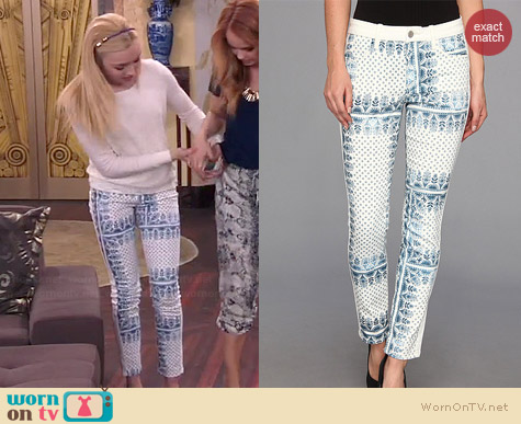 Joe's Jeans Ankle Tux Jeans worn by Peyton List on Jessie