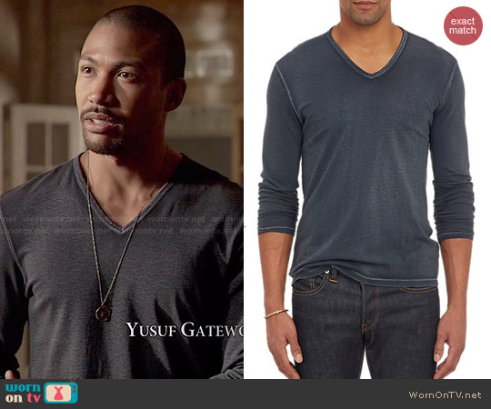 John Varvatos Reverse Print Long Sleeve V-neck T-shirt worn by Charles Michael Davis on The Originals