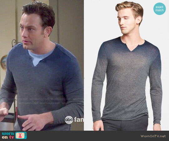 John Varvatos Split Neck Ombre Cashmere Sweater worn by Jonathan Sadowski on Young & Hungry