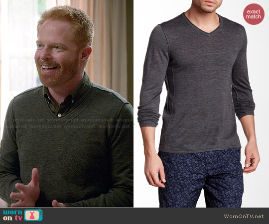 John Varvatos V-neck Sweater worn by Jesse Tyler Ferguson on Modern Family