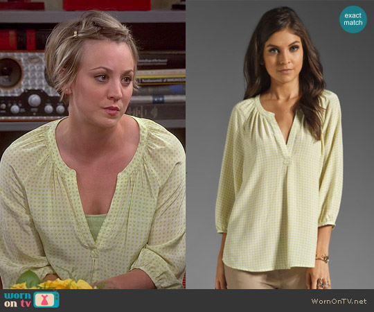 Joie Addie Geo Print Blouse in Limon worn by Kaley Cuoco on The Big Bang Theory