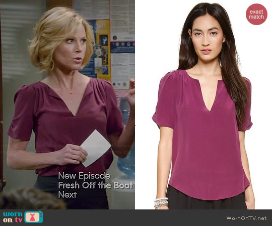 Joie Amone Blouse in Shiraz worn by Julie Bowen on Modern Family
