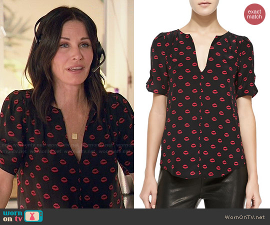 Joie Amone Lips Print Blouse worn by Courtney Cox on Cougar Town