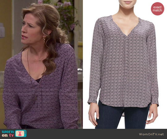 Joie 'Daryn' Blouse in Shiraz worn by Nancy Travis on Last Man Standing