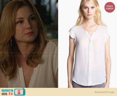 Joie Dimante Top in Porcelain worn by Emily VanCamp on Revenge