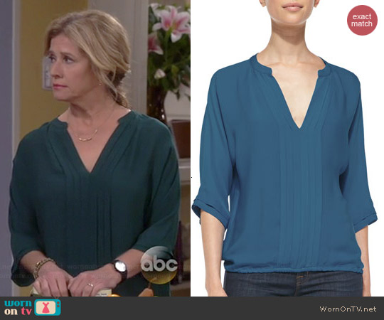 Joie Marru Blouse in Petrol worn by Nancy Travis on Last Man Standing