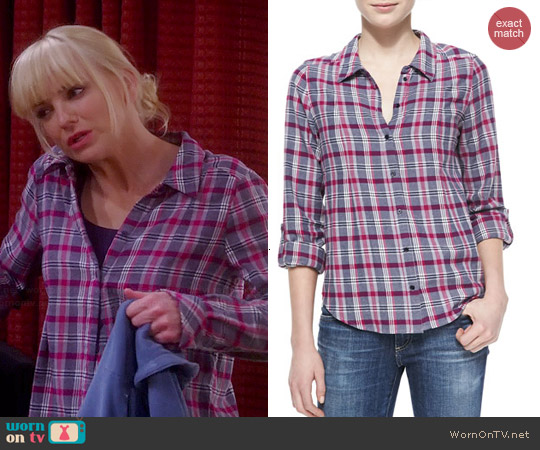 worn by Anna Faris on Mom