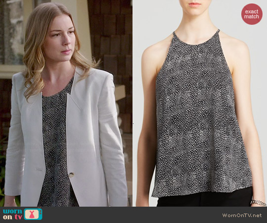 Joie Cualli Mini Feather Print Top worn by Emily Thorne on Revenge