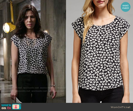 Joie Rancher Butterfly Print Top worn by Michaela Conlin on Bones