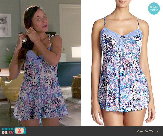 Jonquil Floral Print Chemise worn by Dania Ramirez on Devious Maids