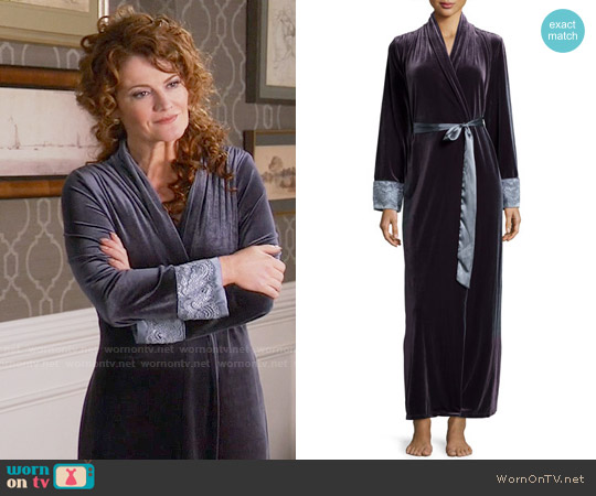 Jonquil Moonlight Velvet Long Wrap Robe worn by Rebecca Wisocky on Devious Maids