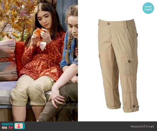 SO Poplin Cargo Capris in Sandpaper worn by Riley Matthews on Girl Meets World