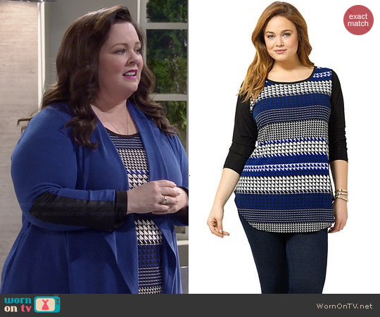 Karen Kane Lunar Houndstooth Stripe Top worn by Melissa McCarthy on Mike & Molly