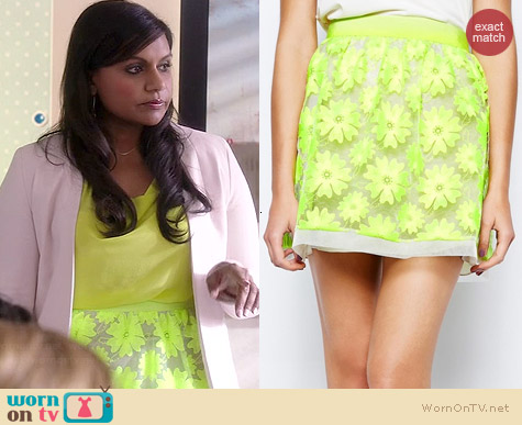 Karen Millen Neon Floral Lace Skirt worn by Mindy Kaling on The Mindy Project