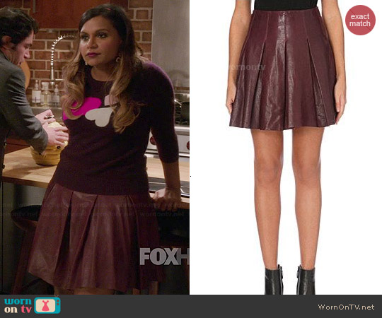 Karen Millen Pleated Leather Skirt worn by Mindy Lahiri on The Mindy Project