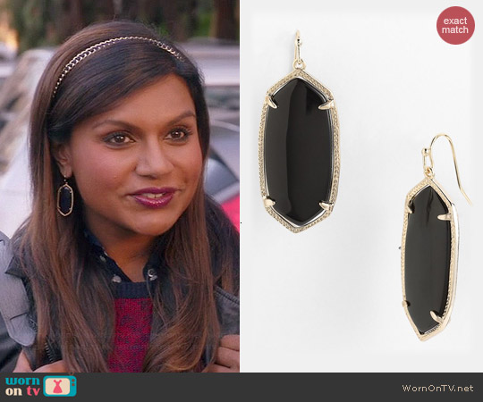 Kendra Scott Elle Earrings in Black worn by Mindy Kaling on The Mindy Project