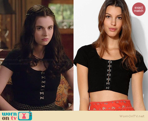 Kimchi Blue Crop Top worn by Vanessa Marano on Switched at Birth