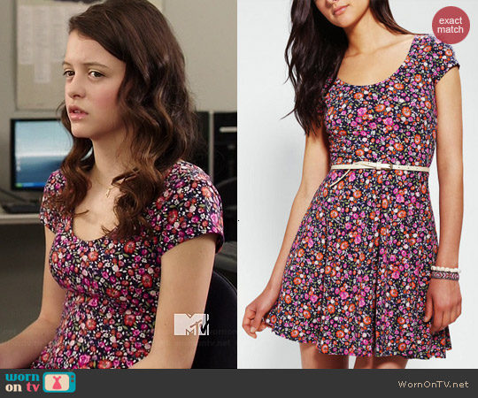 aafaf95fb8 WornOnTV  Frankie s floral skater dress on Degrassi
