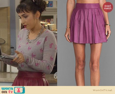Last Man Standing Clothes: Alice & Olivia Mulberry box pleat leather skirt worn by Molly Ephraim