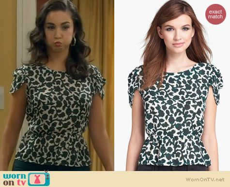 Last Man Standing Fashion: Joie Jilleen Top worn by Molly Ephraim
