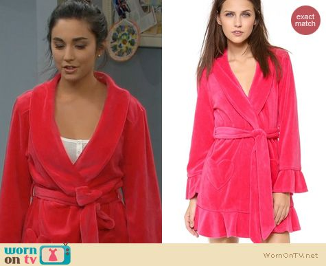 Last Man Standing Fashion: Juicy Couture Velour Robe worn by Molly Ephraim